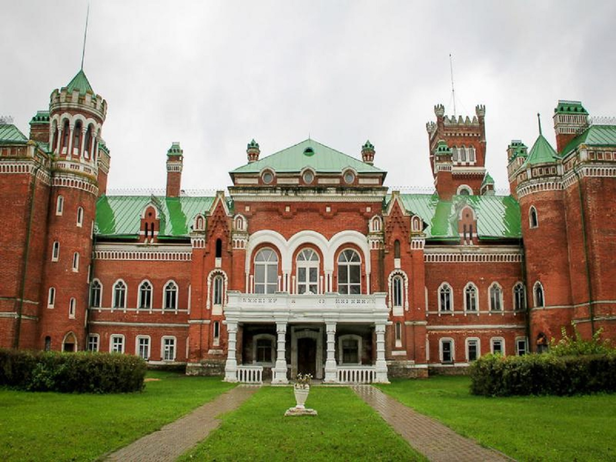 Шереметевский замок в Юрино Нижегородской области: как доехать на машине?