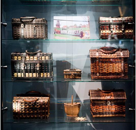 Коллекция голландских плетеных корзин