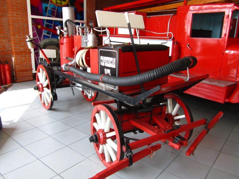 Экспонат пожарной техники