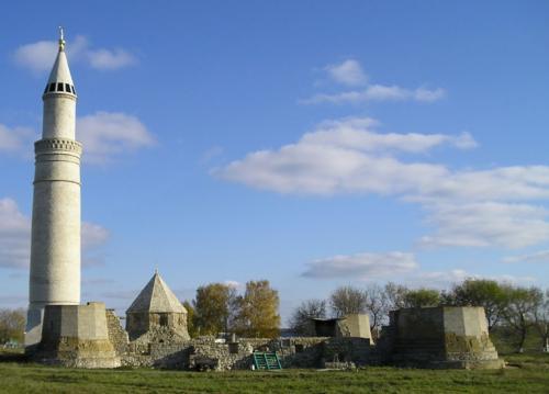 Соборная мечеть и Большой минарет