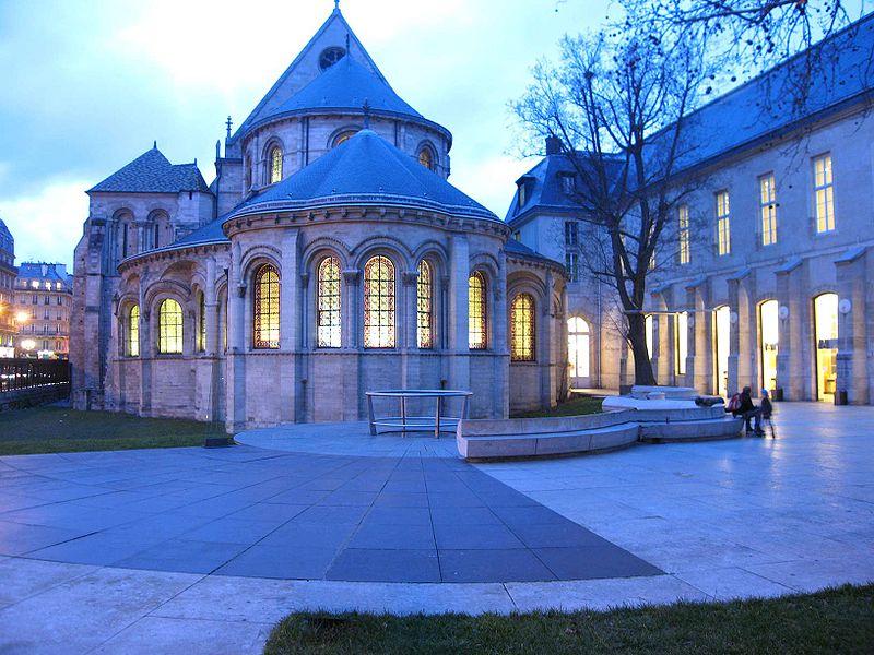 Музей искусства и ремесел в Париже
