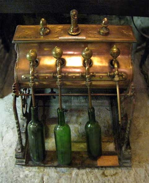 Машина, облегчающая производство вина
