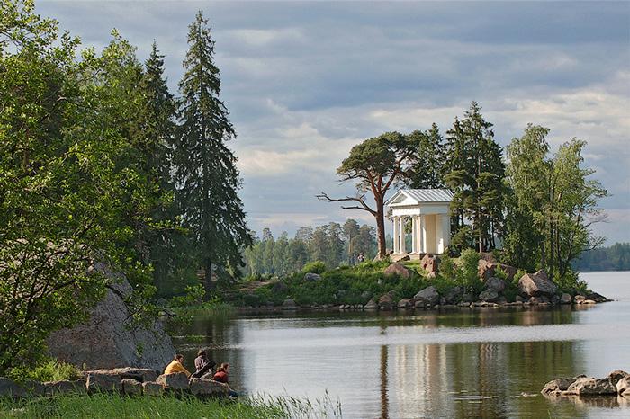 Пейзажный парк Монрепо