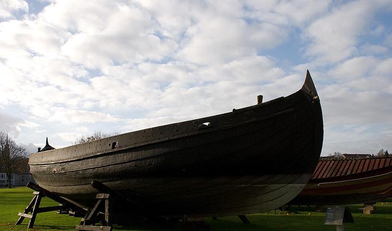 Музей кораблей викингов в Дании
