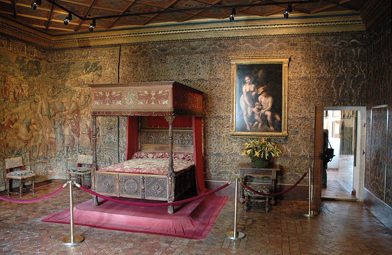 Спальня замка
