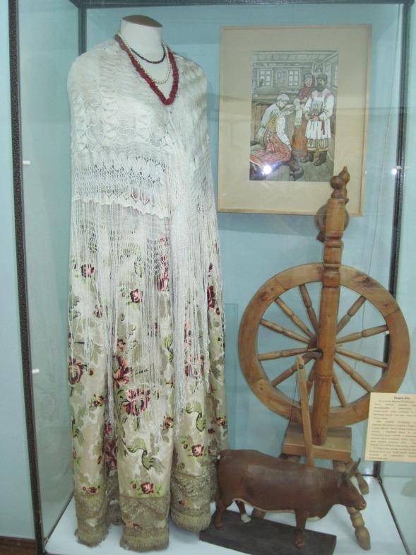 Одежда и предмет рукоделия 19-начала 20 столетия