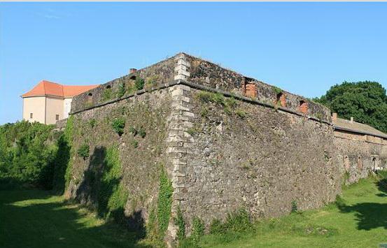 Крепость-замок