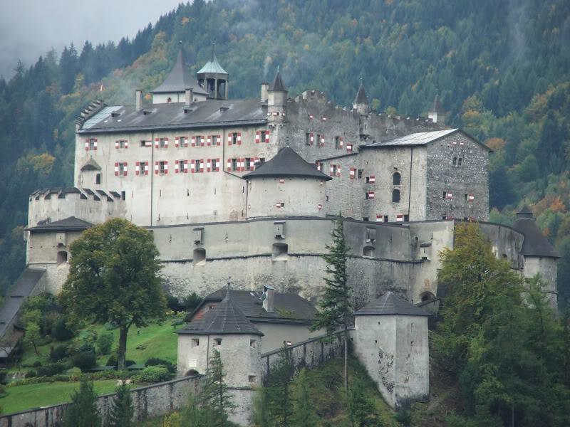 Замок-музей Хоэнверфен