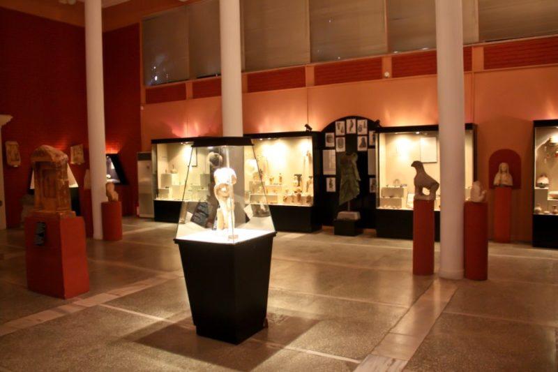 Большой зал Археологического музея