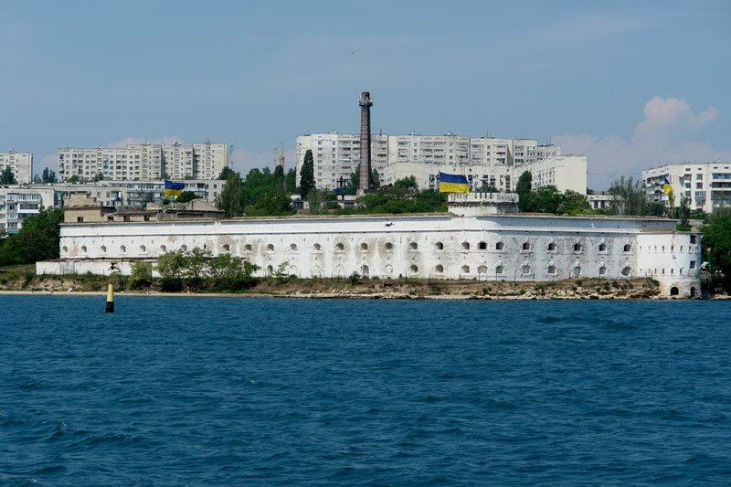 Военно-морской музей «Михайловская батарея»