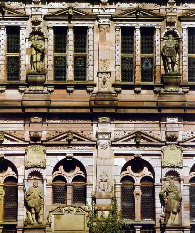 Дворец Фридрихсбау