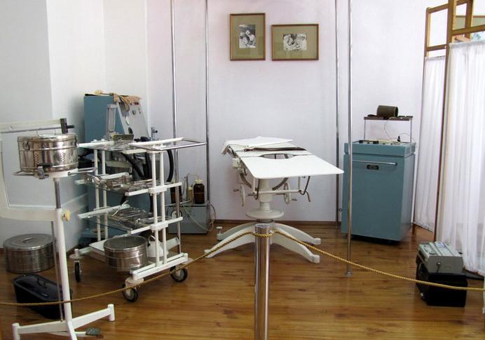 Операционная в здании земской больницы