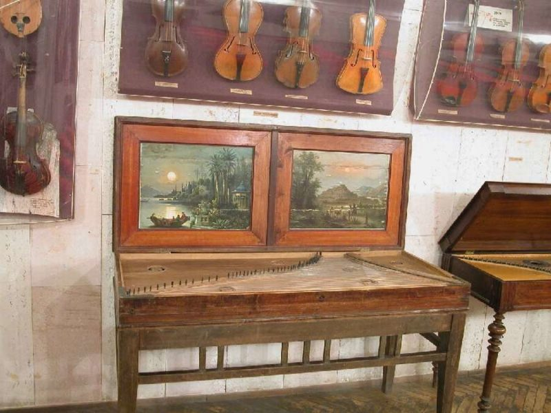 Скрипки музея