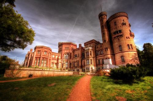 Замок-музей  Бабельсберг в Потсдаме