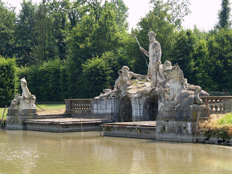 Скульптуры Нептуна, Эола и Аквилона